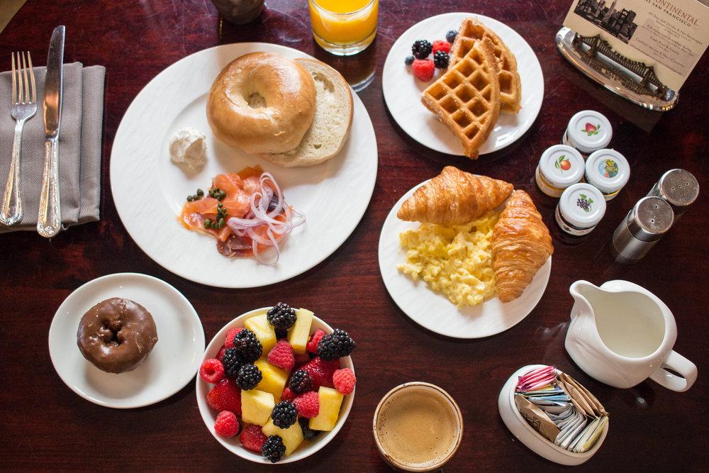 breakfast @ club intercontinental lounge