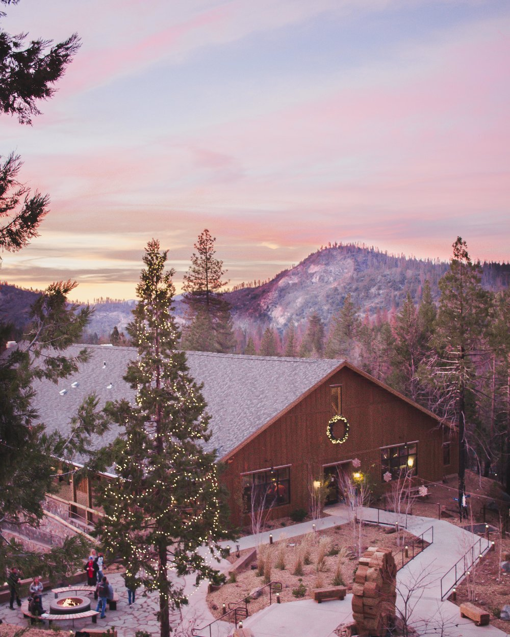 A Luxurious Stay at Rush Creek Lodge in Yosemite, California