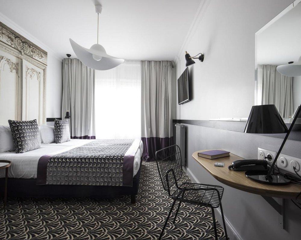 Hotel Malte / HAT lamp