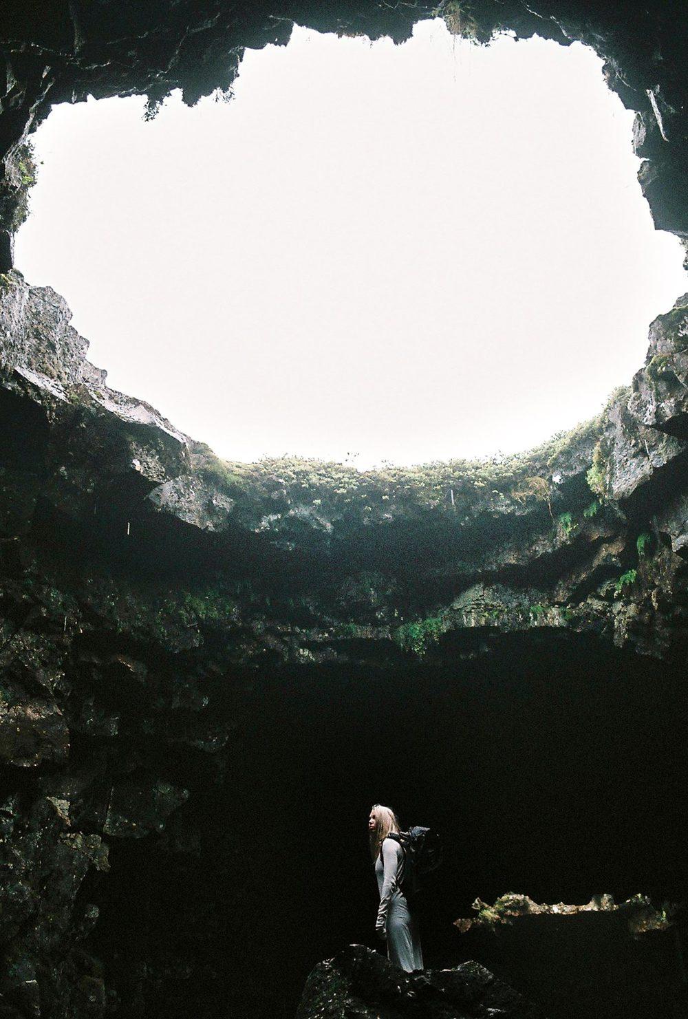 Inside the cave...Raufarhólshellir