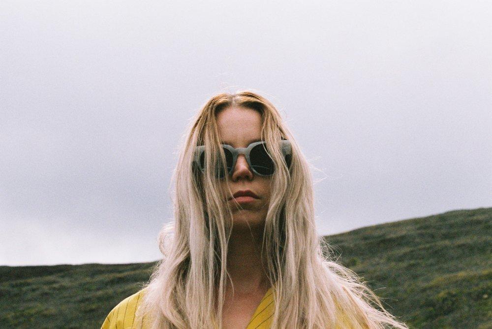 Jen Jacket: Damir Doma | Sunglasses:   S  oya | Hair:  Philip B