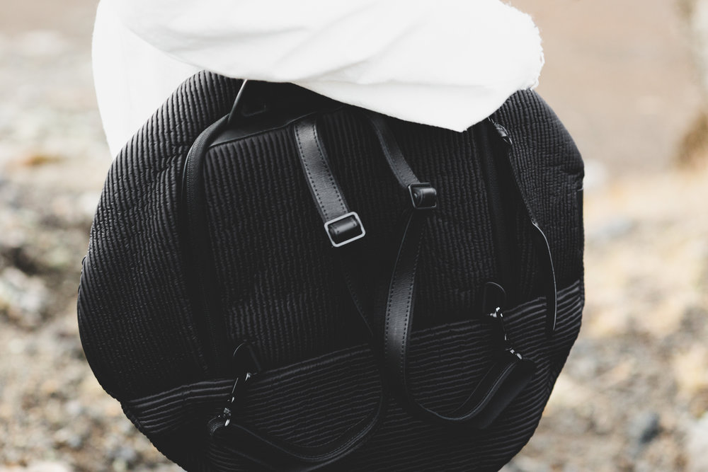 I fell in love with this round bag called Moselle, it fits my computer and all my travel essentails and looks super stylish at the same time.
