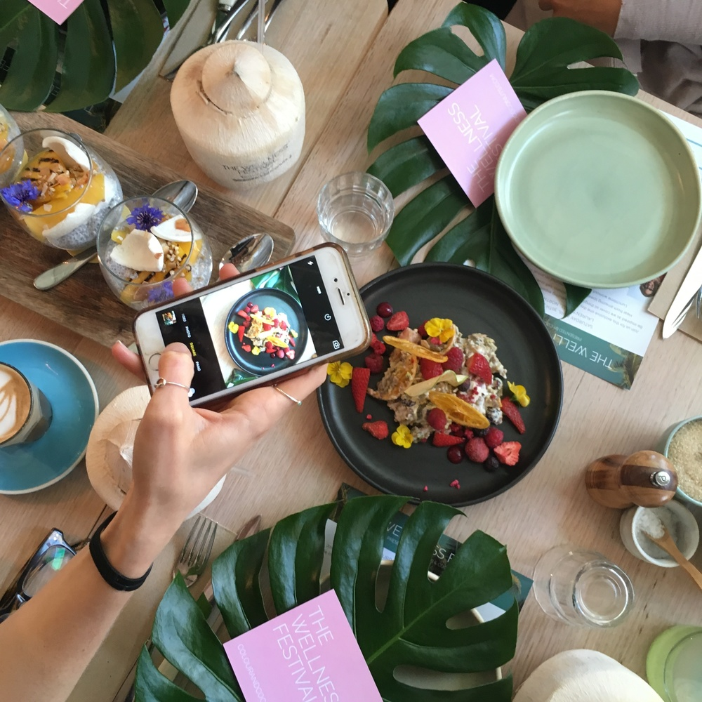 A snap from the bloggers' breakfast we were lucky to attend a few weeks ago!