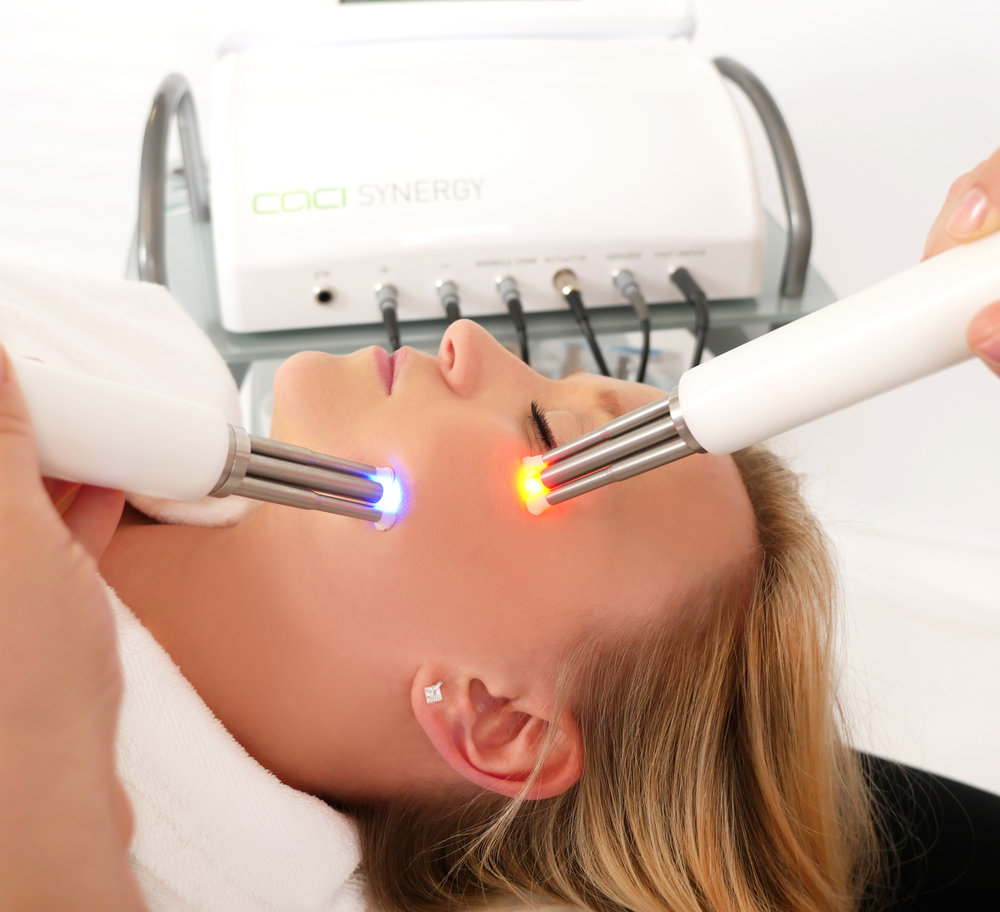 The new CACI Synergy treatment can deliver light therapy and muscle toning at the same time