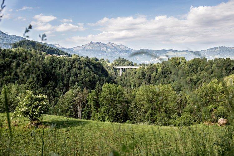 Hochbrücke_klein.jpg