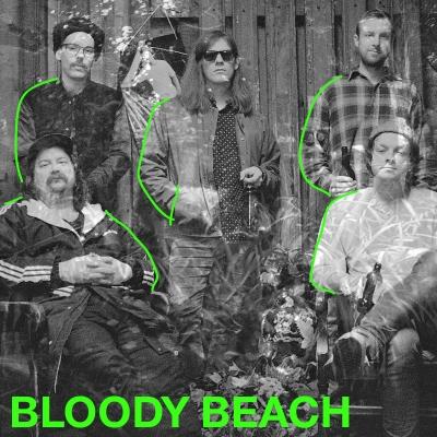 """Bloody Beach sinlekende miks av afrobeat, surfpop og psykedelia har resultert i et nytt tilskudd i sjangerjungelen. Bandets selvdefinerte """"Tropidelica"""" er en standhaftig plante i vekst."""