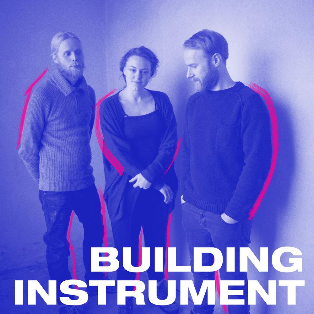 Trioen Building Instrument beveger seg i et slags fantasifullt ingenmannsland mellom elektronika, organisk pop og noe mer mystisk og eventyrlig. Mari Kvien Brunvoll, Øyvind Hegg-Lunde og Åsmund Weltzien lager vanedannende og underlig fengende musikk.