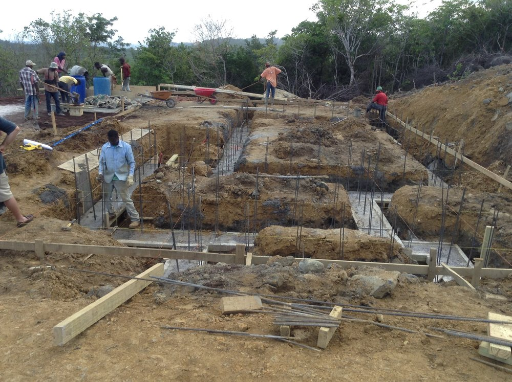 2016.12.10 Lot#14 footings.jpg