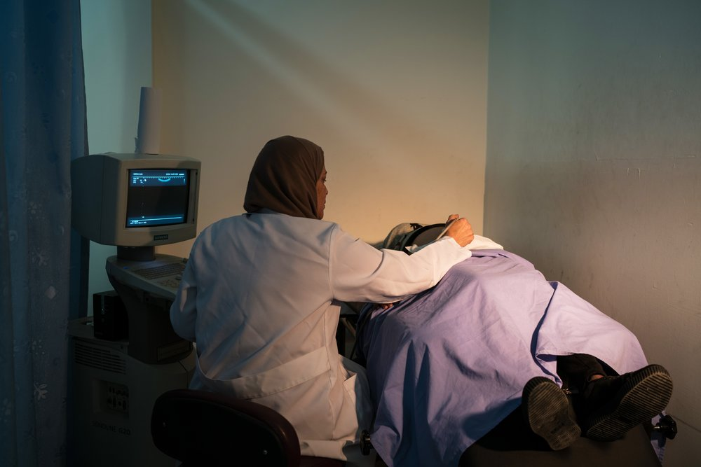 Dr Layana Nazer, treating a patient at the PFPPA clinic in Hebron