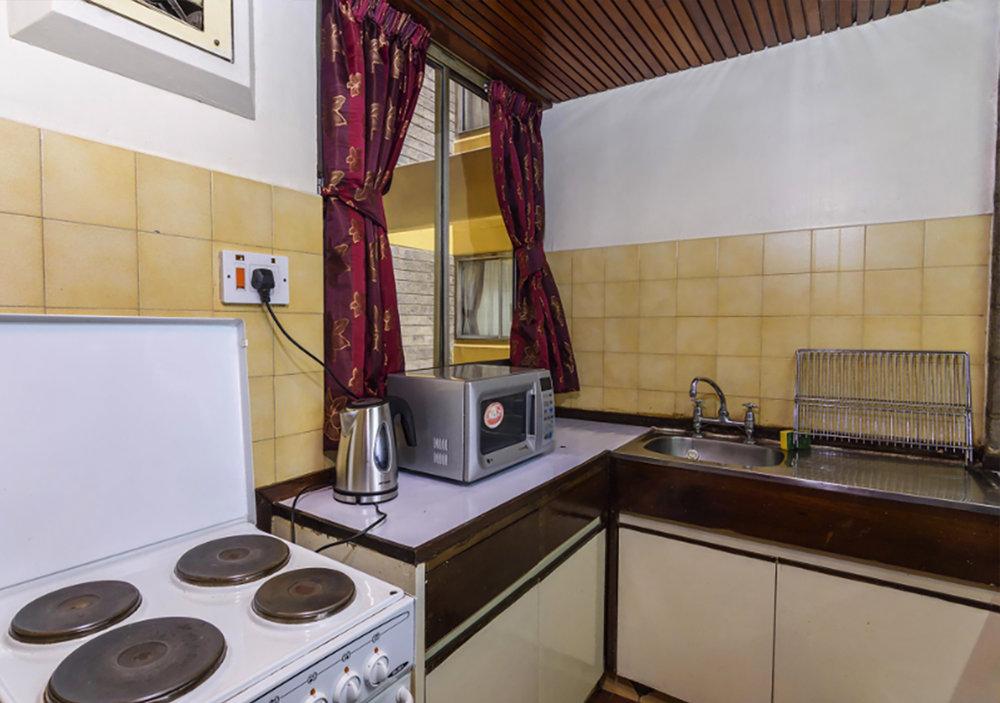 Studio-kitchen2.jpg