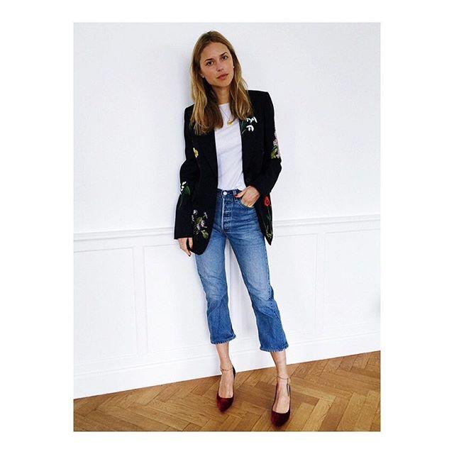 Today's inspiration #pernille #killinit #onlythebestfinds #stevesclothing  #blogger #fashionblogger #stylist #fashionicon #streetstyle #flightjacket #bomberjacket #fashion #style #instacool #ootd #love #vintage #vintagestyle #vintagefashion #outfit #outfitoftheday