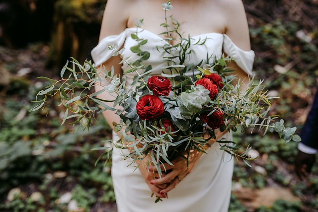 All of this warm weather is getting us to take some time to really appreciate some floral shots. On Earth Day, no less! Be on the lookout this week for some show-stopping greenery.⠀⠀⠀⠀⠀⠀⠀⠀⠀ • ⠀⠀⠀⠀⠀⠀⠀⠀⠀ • ⠀⠀⠀⠀⠀⠀⠀⠀⠀ • ⠀⠀⠀⠀⠀⠀⠀⠀⠀ • ⠀⠀⠀⠀⠀⠀⠀⠀⠀ #loveislove #junebugweddings #traveldeeper #photobugcommunity ⠀⠀⠀⠀⠀⠀⠀⠀⠀ #makeportraits #destinationelopement #weddinginsider #huffpostido #weddinginspiration #destinationwedding #weddingideas #elope #destinationweddings #soloverly #weddingphotographer #Nycelopement #destinationphotographer #APWwedding #elopement #europephotographer #dcwedding #elopementphotographer #elopements #feministphotographer #outdoorwedding #wantthatwedding #isaidyesofcourse #groom #weddingbouquet #weddingfloral