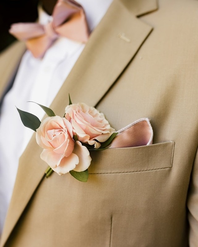 Not all of the most elegant floral shots we capture are in the bouquet...⠀⠀⠀⠀⠀⠀⠀⠀⠀ • ⠀⠀⠀⠀⠀⠀⠀⠀⠀ • ⠀⠀⠀⠀⠀⠀⠀⠀⠀ • ⠀⠀⠀⠀⠀⠀⠀⠀⠀ • ⠀⠀⠀⠀⠀⠀⠀⠀⠀ #loveislove #junebugweddings #traveldeeper #photobugcommunity ⠀⠀⠀⠀⠀⠀⠀⠀⠀ #makeportraits #destinationelopement #weddinginsider #huffpostido #weddinginspiration #destinationwedding #weddingideas #elope #destinationweddings #soloverly #weddingphotographer #Nycelopement #destinationphotographer #APWwedding #elopement #europephotographer #dcwedding #elopementphotographer #elopements #feministphotographer #outdoorwedding #wantthatwedding #isaidyesofcourse #groom #groomideas #groominspiration