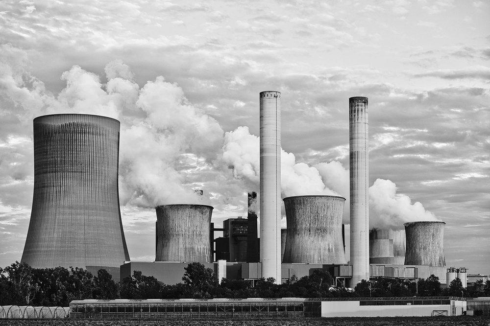 power-plant-2411932_1920.jpg