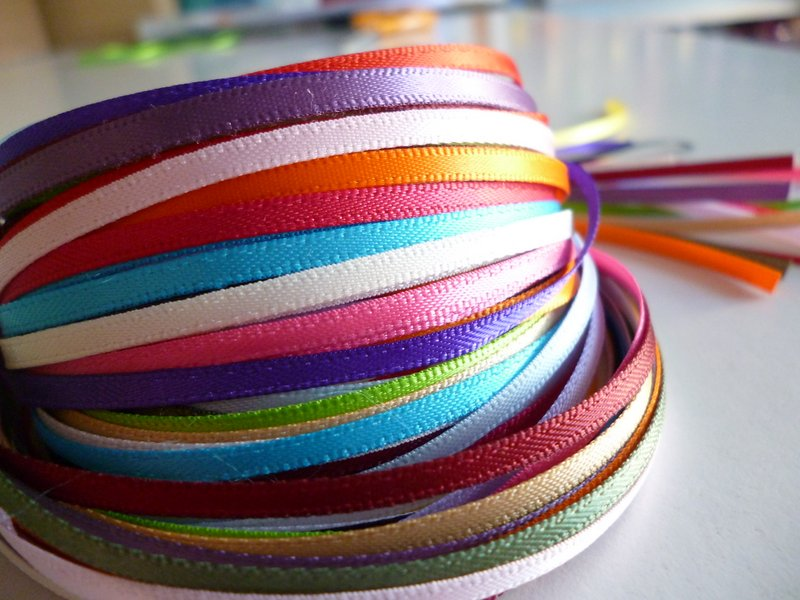 Thin satin ribbon comes in many colours