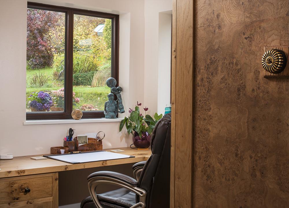 an_english_office