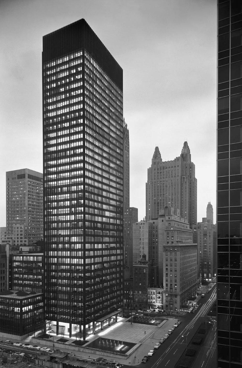 Mies van der Rohe example of International Style