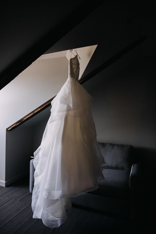photographe_mariage_outaouais_gatineau_ottawa_wedding_photographer_candid_lifestyle_documentary_natasha_liard_photographs (9).jpg