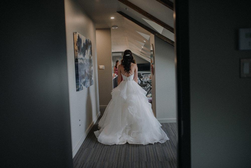 photographe_mariage_outaouais_gatineau_ottawa_wedding_photographer_candid_lifestyle_documentary_natasha_liard_photographs (17).jpg