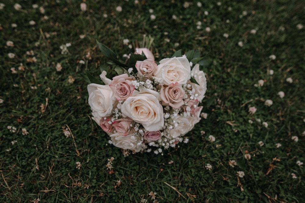 photographe_mariage_outaouais_gatineau_ottawa_wedding_photographer_candid_lifestyle_documentary_natasha_liard_photographs (44).jpg