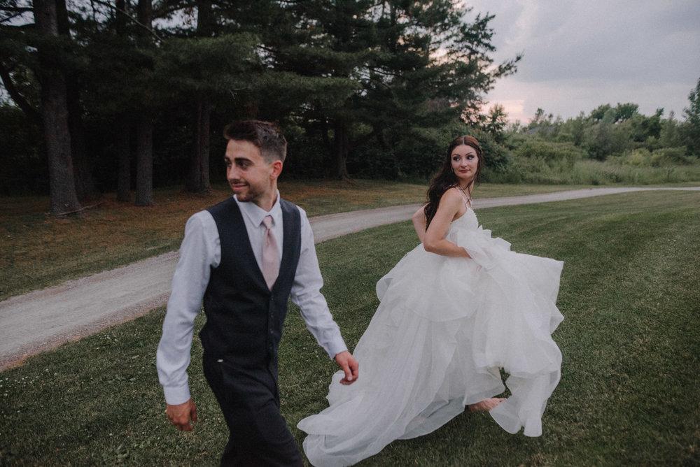 photographe_mariage_outaouais_gatineau_ottawa_wedding_photographer_candid_lifestyle_documentary_natasha_liard_photographs (52).jpg