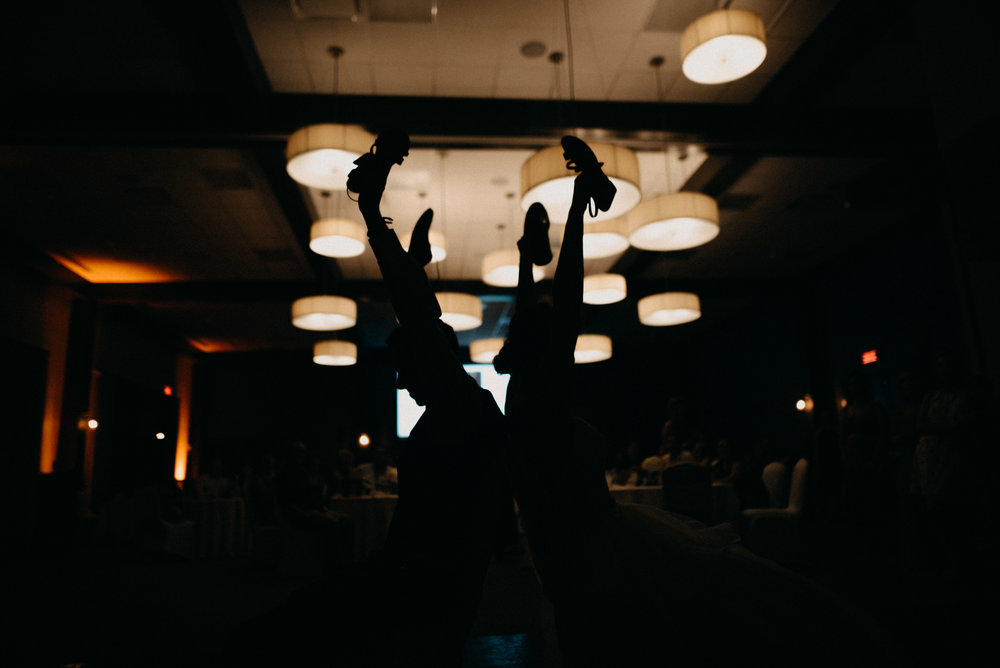 photographe_mariage_outaouais_gatineau_ottawa_wedding_photographer_candid_lifestyle_documentary_natasha_liard_photographs (6).jpg
