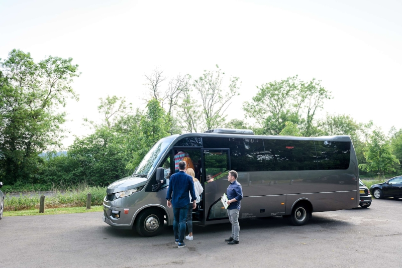 minicoach.jpg