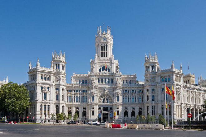 Palacio de Comunicaciones, sede del Ayuntamiento de Madrid. Imagen de Carlos Delgado. Licencia CC BY-SA 3.0