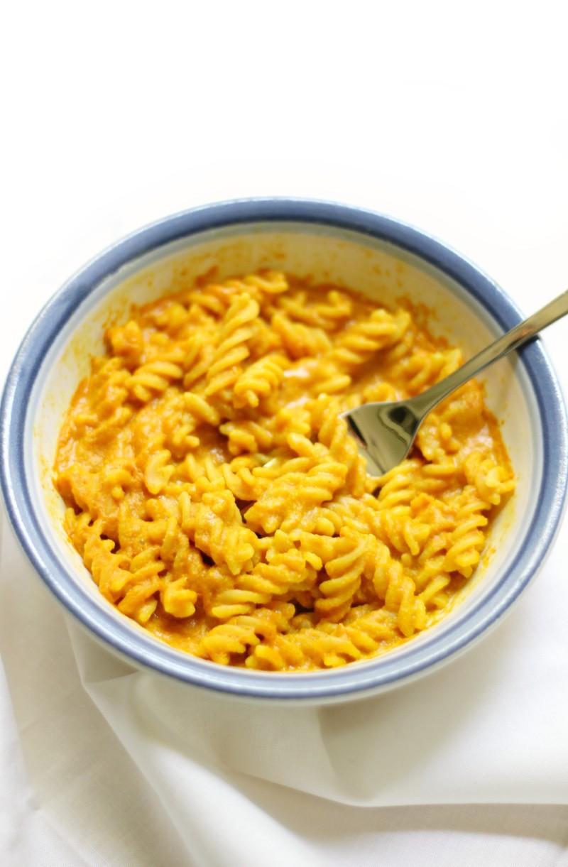 Microwave-Vegan-Mac-Cheese-3.jpg