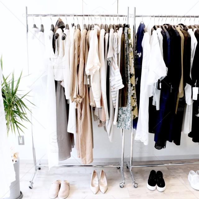 stock-photo-photography-black-white-fashion-beige-simple-style-photo-closet-f7b6088b-5f9e-4463-8a3c-d697768cc97b.jpg