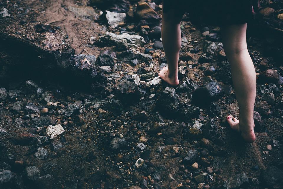 barefoot-1149848_960_720.jpg