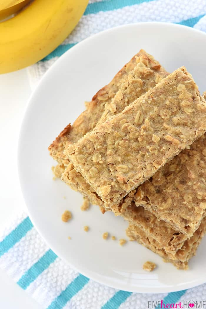 Soft-Baked-Banana-Oatmeal-Bars-Homemade-Squares-Wholesome-Breakfast-Snack-Recipe-by-Five-Heart-Home_700pxAerial.jpg