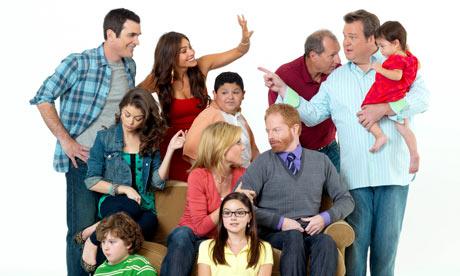 Modern-Family-cast-006.jpg
