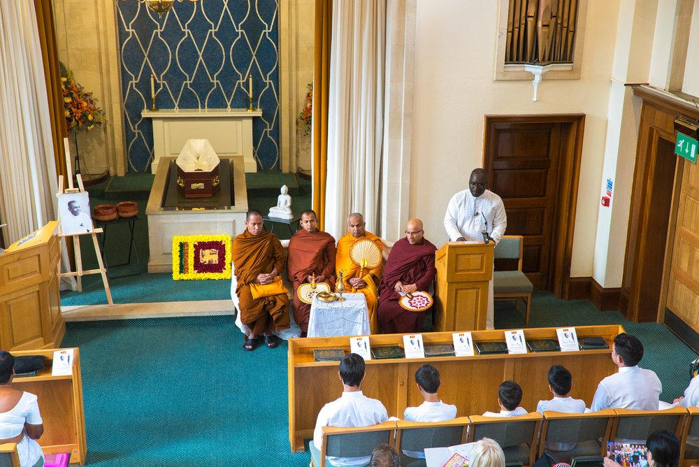 Buddhist Funeral Videographer Watford, West Herts Crematorium
