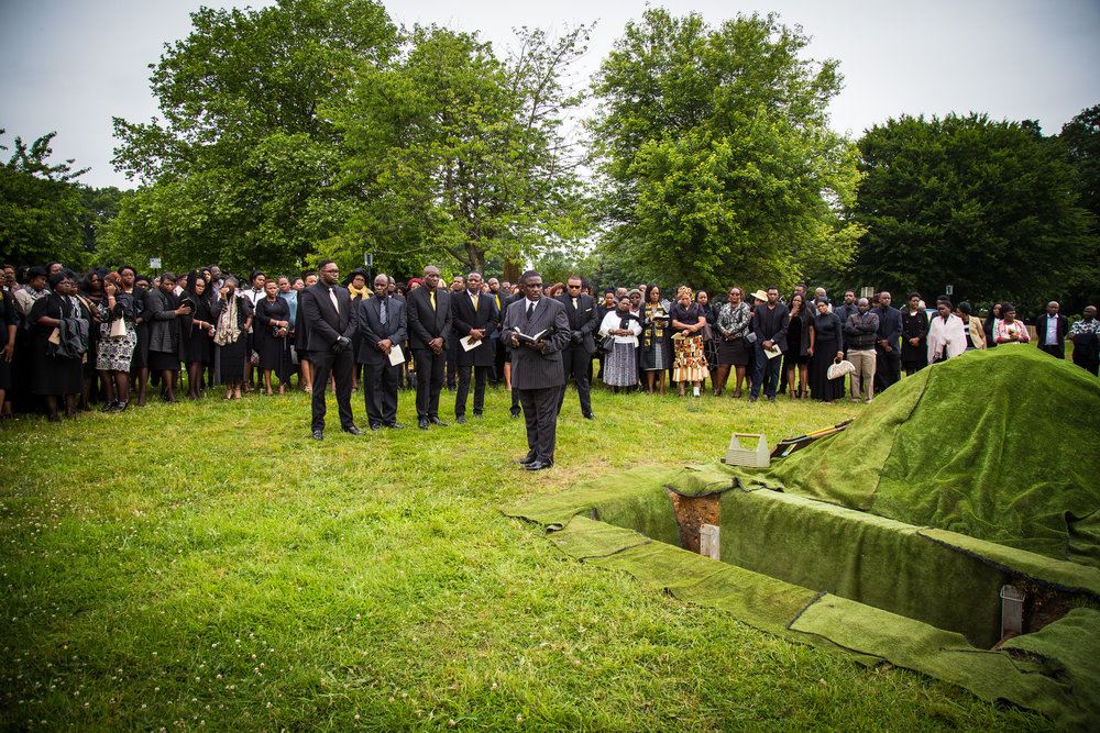 Southampton Funeral Photographer at Hollybrook Cemetery