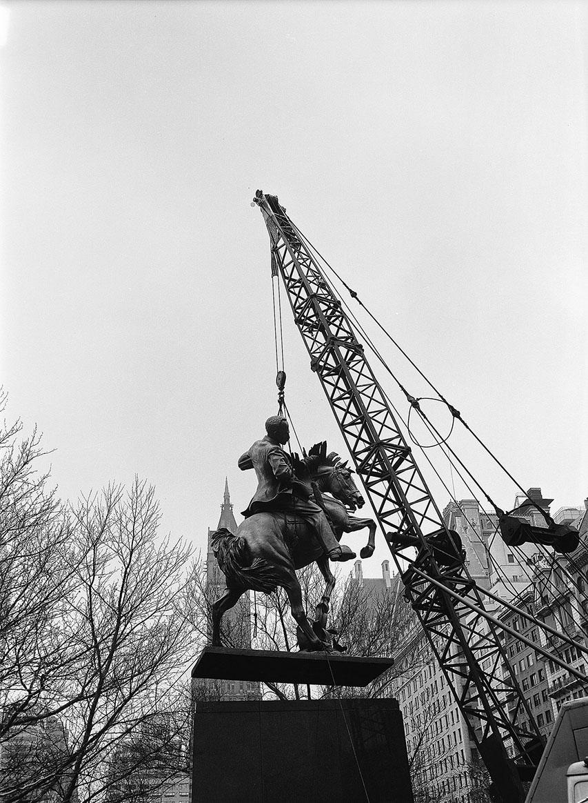 jose marti installation, april 19, 1965, nycppa, neg32199.jpg