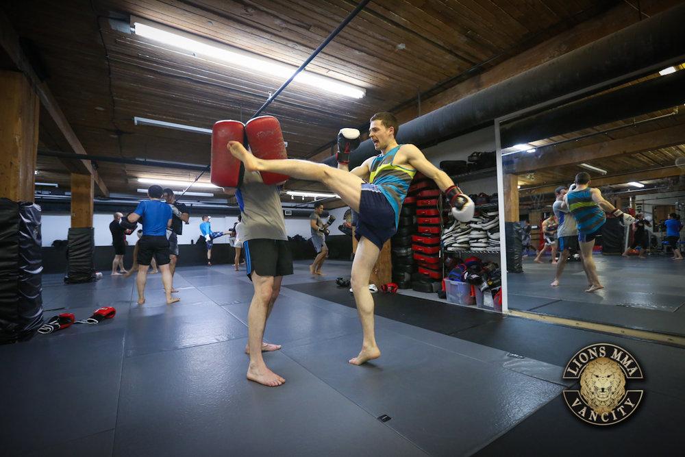 LIONS MMA VANCITY - 2014-04-11 - Ron Sombilon Photography-57-WEB.jpg