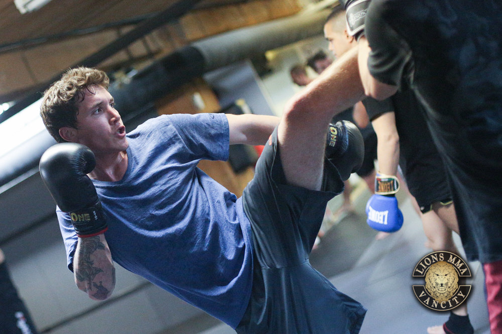 LIONS MMA VANCITY - 2014-04-22 - Ron Sombilon Photography-17-WEB.jpg