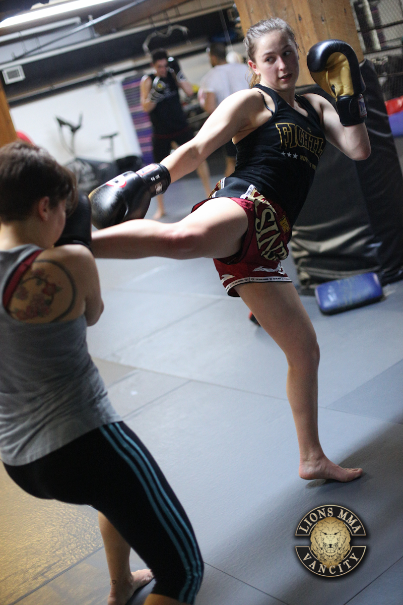 LIONS MMA VANCITY - 2014-04-22 - Ron Sombilon Photography-22-WEB.jpg