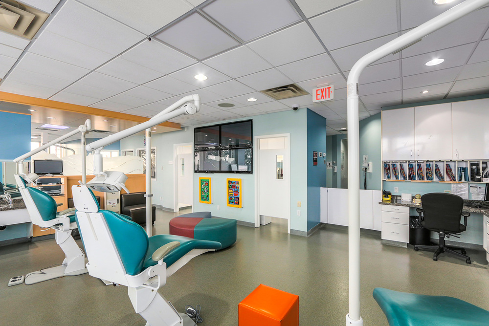 Burnaby's Clinic is a patient & parent friendly area with a huge freshwater fish tank, ceiling-mounted LCD TVs & plenty of seating. Private rooms available.