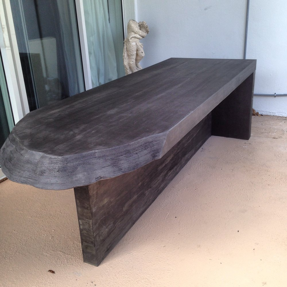 Blackwood Concrete table