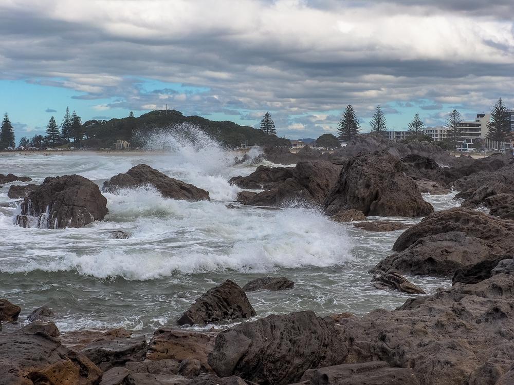 Rough seas, Mount Maunganui, Tauranga, NZ. 1/320sec, f/13, ISO 200