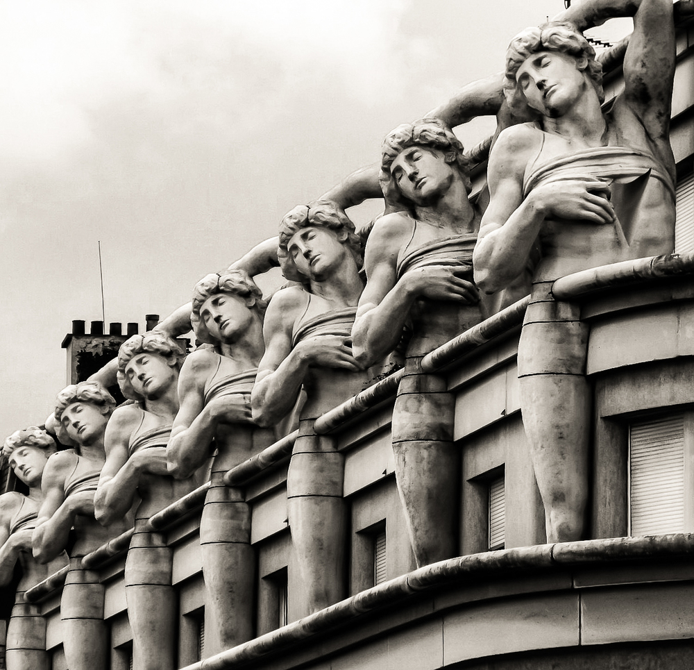 'The Magnificent Seven'. Paris, France. 1/800sec, f/3.5, ISO 80