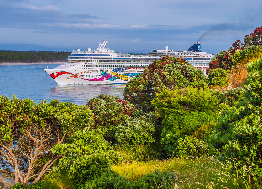 Norwegian Jewel, Tauranga, NZ. PC102523