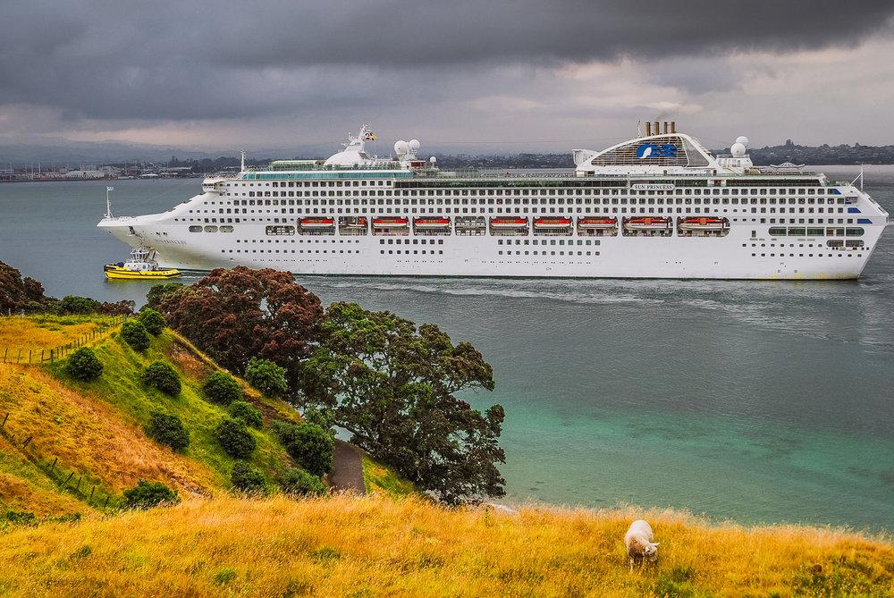 Sun Princess. Tauranga, NZ. PC173029