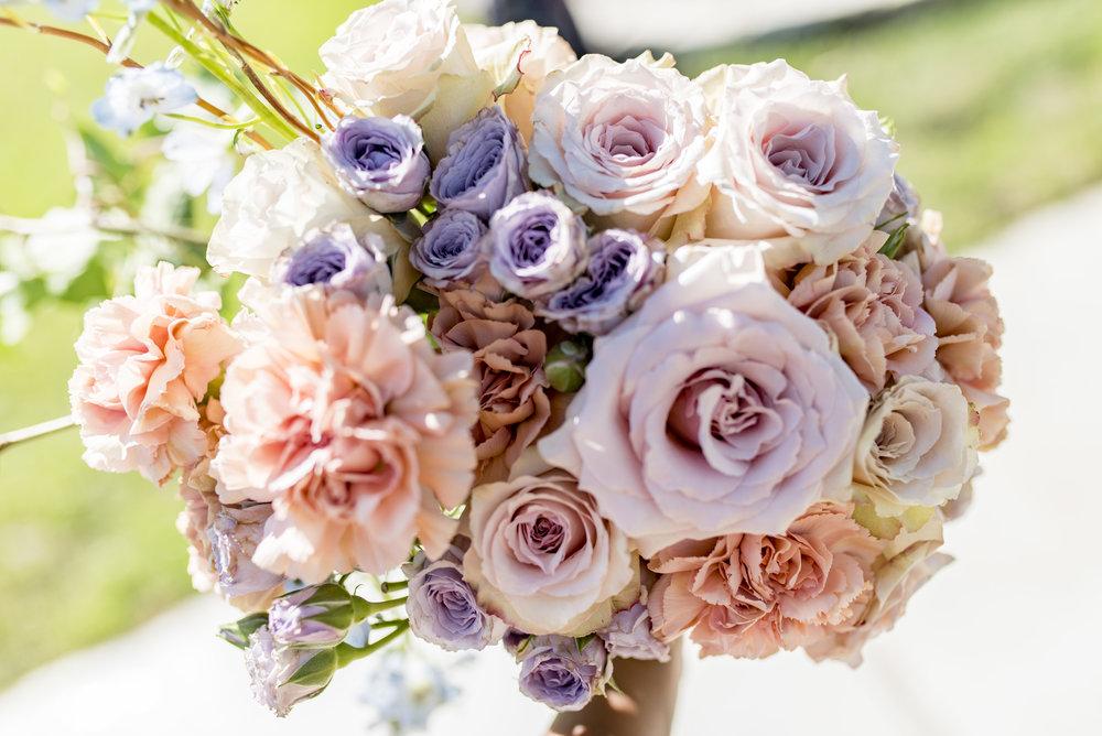 sourisrose decor houston wedding lakeside2.jpg