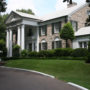 Graceland Mansion (Elvis Presley's former home)
