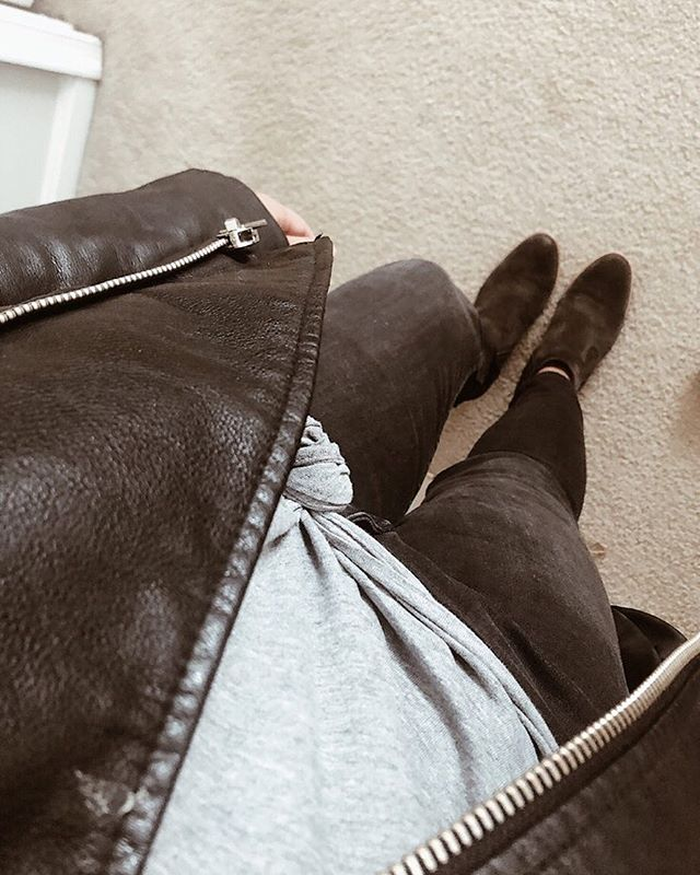 Black jeans and a grey tee; my comfy and casual go-to. What's yours?