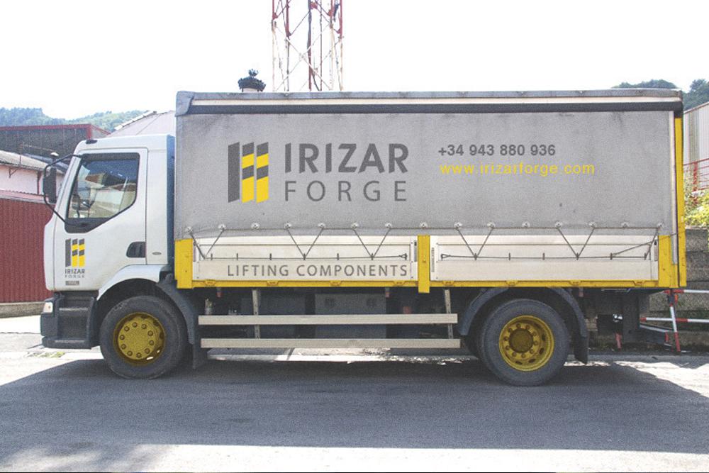 IRIZAR 05.jpg