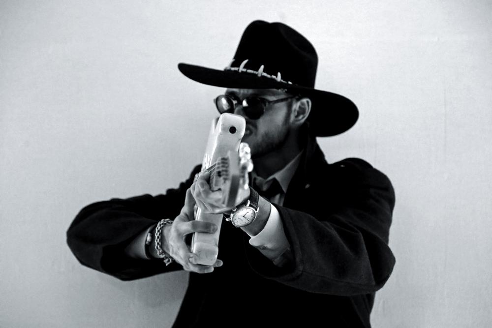 guitar-gun-bw.jpg